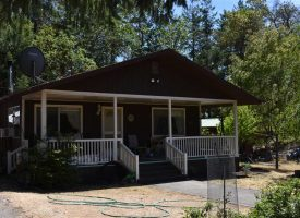 Canyonville, Oregon Private 12 plus acres for quiet rural lifestyle